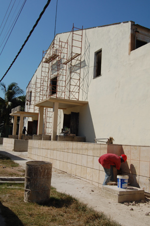 Building work on the Miramar Theatre, one of the priority international cultural investment projects for Cuba this year
